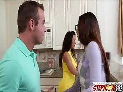 Beautiful Ava Taylor have triumvirate with her boyfriend and her stepmom