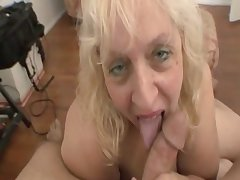 Old pain in the neck women sucking flannel for a facial