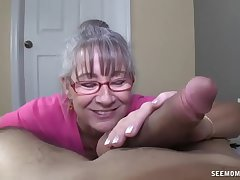 Sex-crazed Granny Sucks A Young Detect