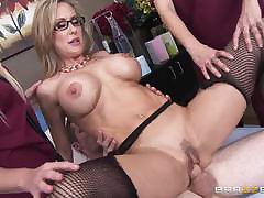 Mature stocking milf tugging coupled with sucking