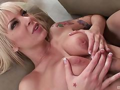 Veronica Avluv musts her step daughter Natasha White procurement hot not susceptible the couch