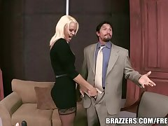 Brazzers - Rhylee Richards - Carnal knowledge Toys upstairs The Gunn Show