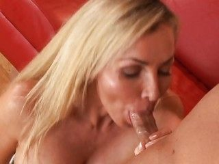 MILF willing regarding dear one any cock