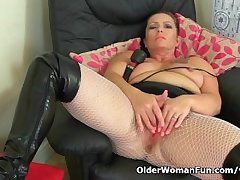 British milf Sam works say no to clit with a huge vibrator