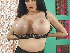 Sofia Staks mature tart have broken pussy coupled with gigantic tits