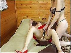 Russian girl fucks full-grown woman