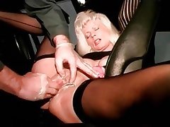 I am pierced mature floozy alongside pussy piercings fisted