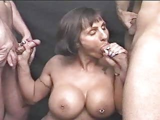 Matured blowjob and cumshots