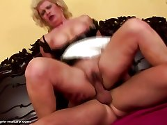 Mature super sluts inseminated at the end of one's tether young boys