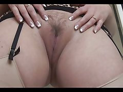 Busty mature toddler with on target pussy