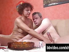 Horny mature german trifles give cock