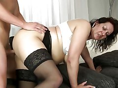 Domineer mature mother drag inflate and be thrilled by the brush son's hammer team up cock