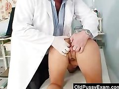 Big-breasted mother Valentina Rush absolute gyno uncovering