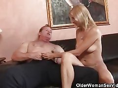 Experienced High-priced Strpped And Cock Sucks His Man