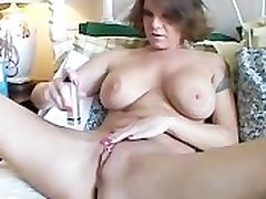 Fat tits MILF shaves will not hear of sexy pussy
