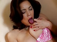 Japanese of age fingers her pussy (uncensored)