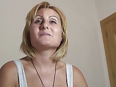 PUTA LOCURA Busty Milf takes douche in the eye
